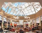 Auchan Taranto Porte dello Jonio: Lo spazio si trasforma in una narrazione popolare.